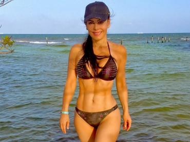 Fotos de maribel guardia en bikini