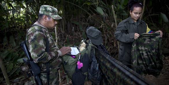 Ejército colombiano busca a periodista española desaparecida