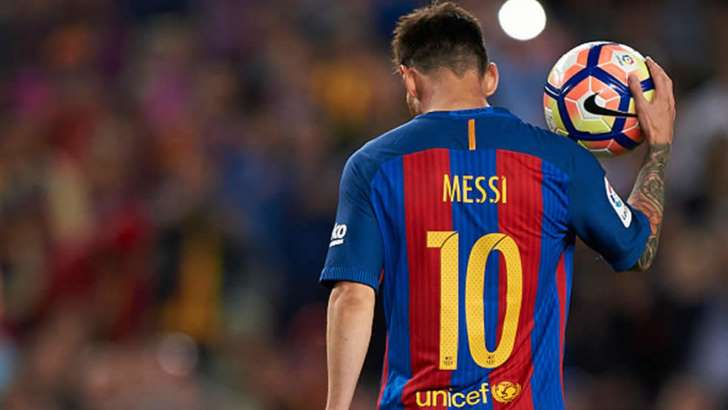 Messi's Barcelona stay linked to Catalonia