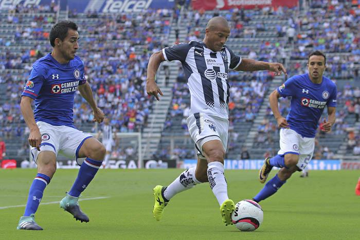 Clubes de la Liga MX piden suspender la jornada 10