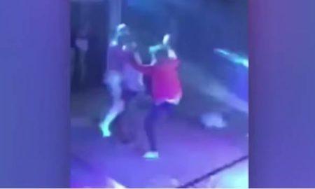 bailando con una stripper