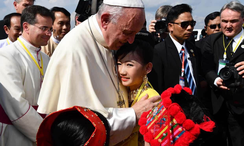 El Papa visita Myanmar en medio de la crisis Rohingya