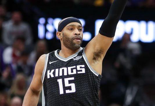 Jazz gana a Cavaliers, que sufren tercer descalabro