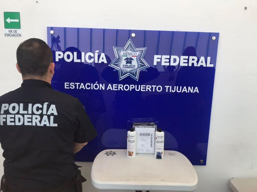 Aseguran tarjetas de crédito ocultas en caja de juguetes en Tijuana