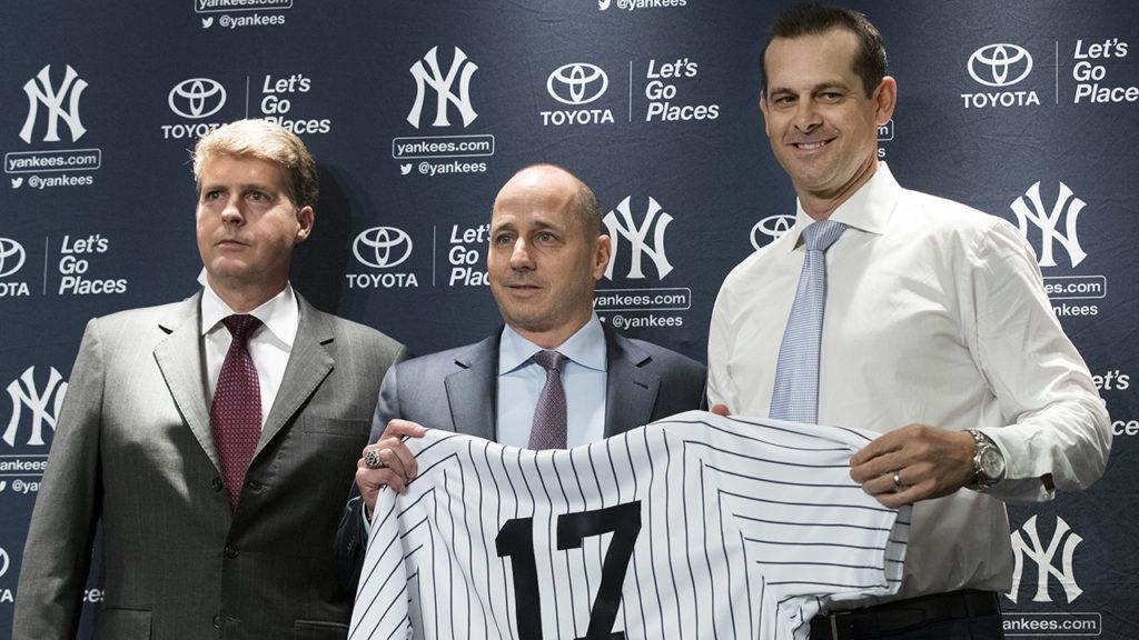 Yankees presenta a Aaron Boone como su nuevo manager