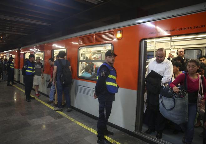 Mancera: No habrá impunidad tras riña en el Metro Romero Rubio