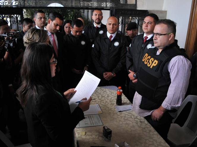Dan 6 meses más para reunir pruebas contra Javier Duarte