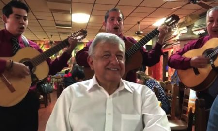 Andrés Manuel López Obrador, candidato de Morena.