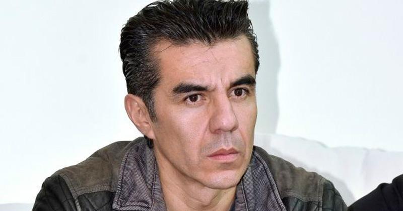 Adrián Uribe