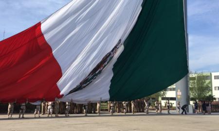 La II Zona Militar realiza ceremonia conmemorativa del Día de la Mujer.