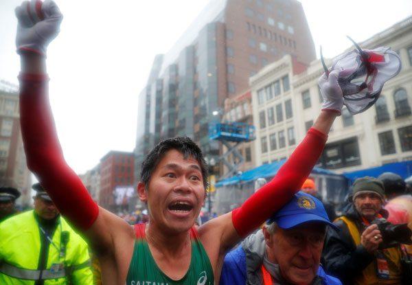 El japonés Kawauchi y la estadounidense Linden campeones del Maratón de Boston
