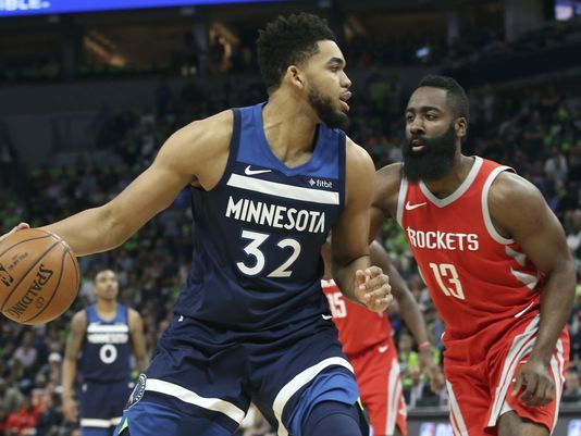 Rockets arrollan a los Timberwolves