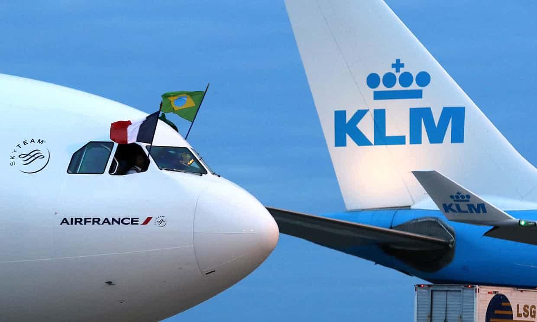 Air France sufre nueva crisis por huelga y caída en bolsa