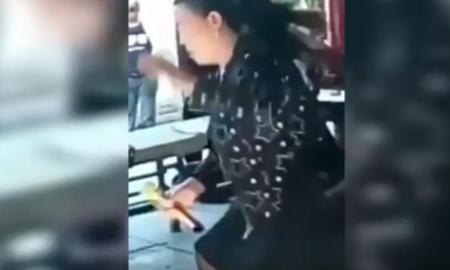cantante, China. muerte