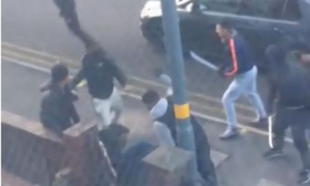 golpiza, pandilla, Reino Unido