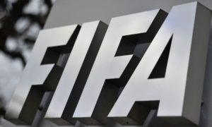 FIFA, UEFA, advertencia, futbol
