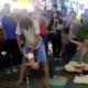 Malasia, bebé, acto callejero, abuso infantil