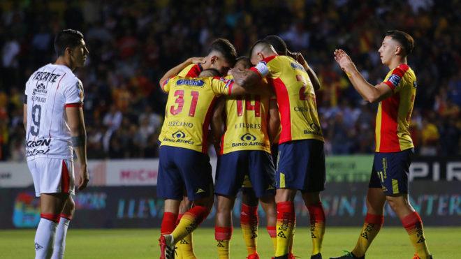 Tomás Boy pierde 1-0 en su debut como DT de Chivas