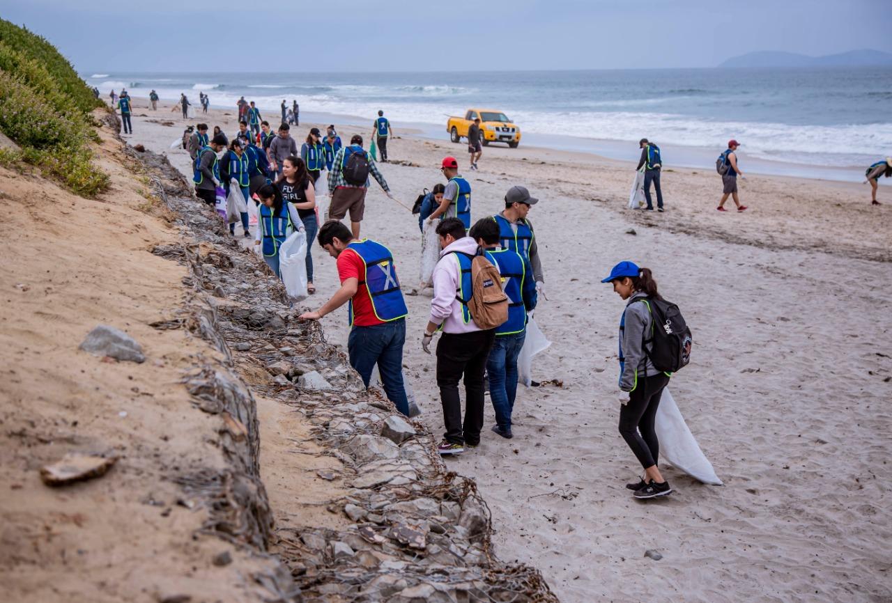 Resultado de imagen para basura de plástico en playas de Tijuana