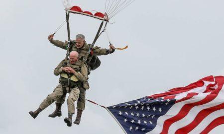 Francia, veterano, Segunda Guerra Mundial, conmemoración, salto en paracaídas