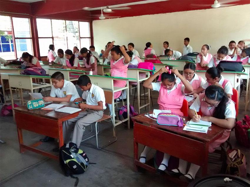 clases presenciales, CECyTE BC, covid-19, IMSS, salón de clases,
