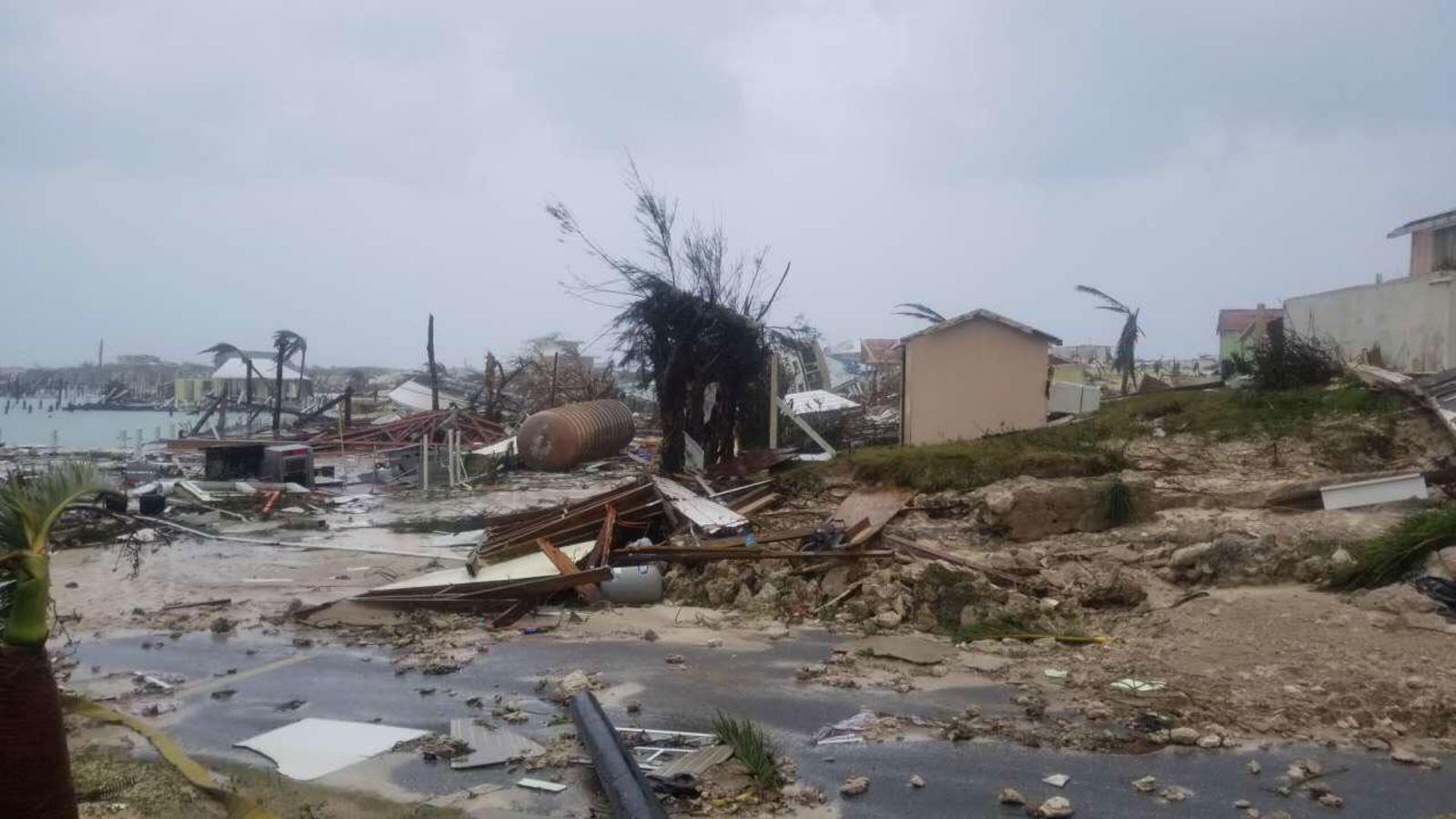 Dorian provoca inundaciones en Bahamas; se sospecha de cinco muertes