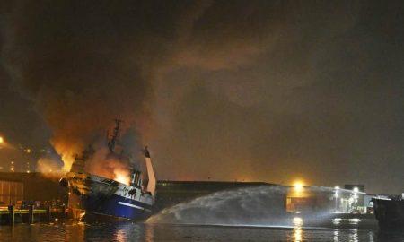 barco, Rusia, Noruega, incendio