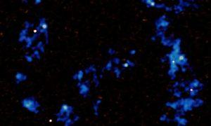 red cósmica