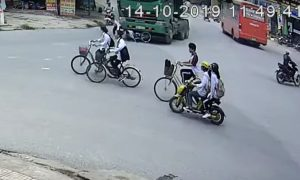 Vietnam, atropella, ciclista, camión, viral, video