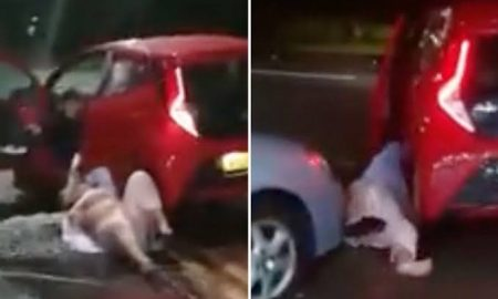 video, viral, mujer, arrastra, auto, Reino Unido