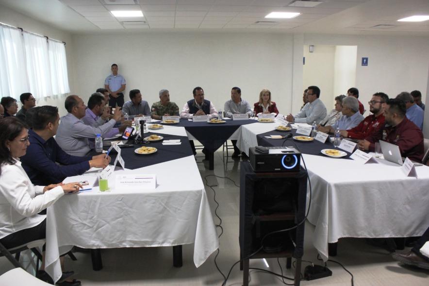 Reunión sin precedentes con pescadores de San Felipe - Primer Sistema de Noticias