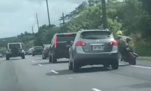 video, viral, pelea, motociclista, camioneta
