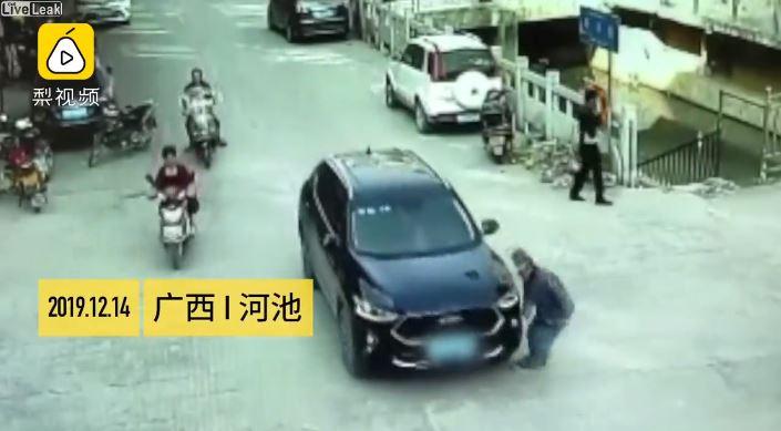 China, video, viral, atropellamiento