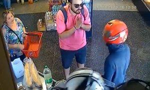 Uruguay, ladrones, asalto, cliente, cartera, arma de fuego