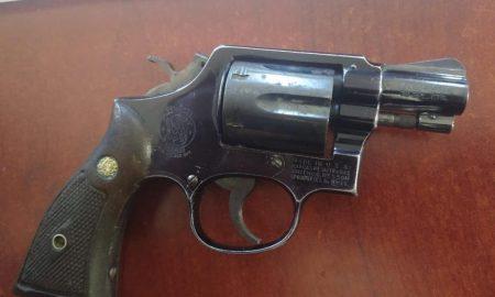 Alumno - Chiapas - Pistola