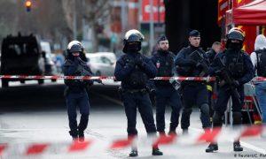 París, ataque, cuchillo, muertos, heridos
