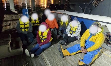 Patrulla Fronteriza, contrabando marítimo, arrestados,