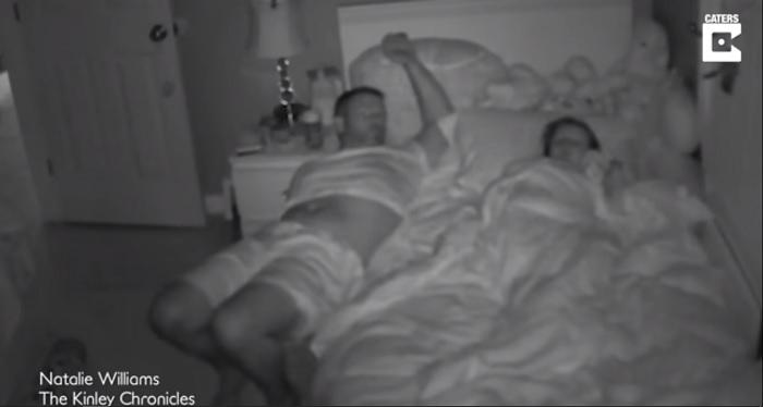 padre, no, despierta, hija, video