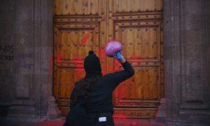 feminicidios, feministas, justicia, protesta, violencia de género, violencia contra la mujer, Palacio Nacional, Nacional