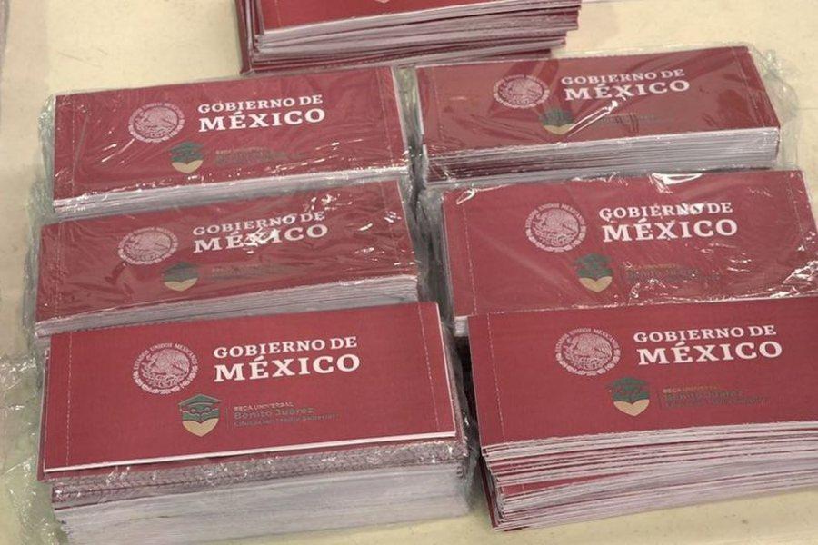 AMLO, beca, beca universitaria, México, nacional