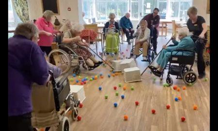 Ancianos, adultos mayores, juego, cuidado, video, coronavirus
