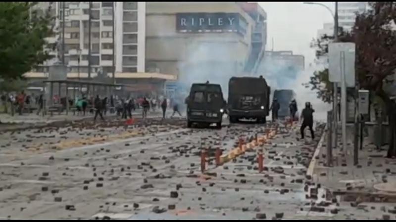 chile, manifestacion, enfrentamiento, disturbio, video