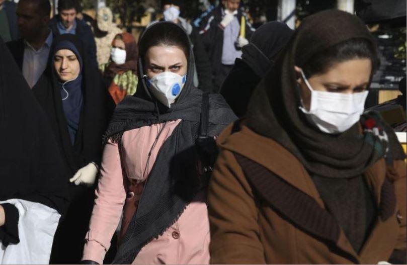Mujeres, Marruecos, cubrebocas, coronavirus, contagio, aislamiento