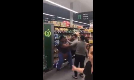 Mujeres, Supermercado, Pelea, Papel, coronavirus