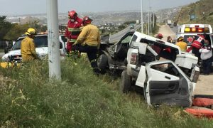 lesionados, accidente, autos, bulevar 2000