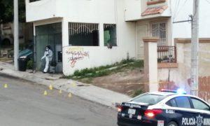lesionado, cuerpo, hombre, cruz roja, policía municipal