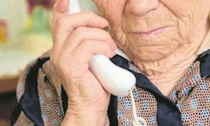 Anciano, llamada, entretenimiento, teléfono, Joy4All, Canadá