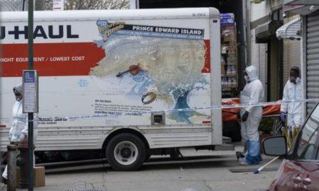 Nueva York, EEUU, cadáveres, camiones de mudanza, policía, Brooklyn, coronavirus, covid-19, pandemia
