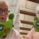 Covid-19, Buzz Lightyear, mercado, mujer, actualidad, video viral, Toy Story