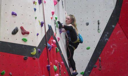 Erin Sloan, joven, escalar, Estados Unidos, estructura, cuarto, aburrimiento, Covid-19, coronavirus,